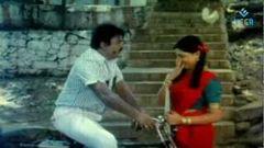 Engitte Mothathey - Tamil Full Movie