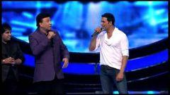 Akshay Kumar & Paresh Rawal Promote OMG Oh My God Movie On Indian Idol 6