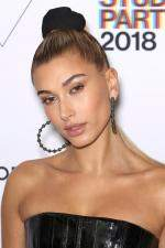 Hailey Baldwin  Gordon Parks Foundation 2018 Awards in NY