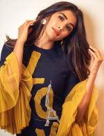 Pooja Hegde for Maharshi promotions
